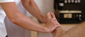 foot massage at essence of health